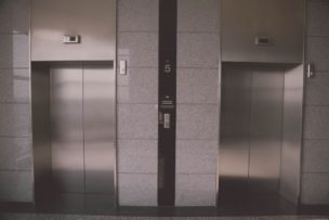 設備定期点検/清掃/エレベーター点検の得する費用の目安