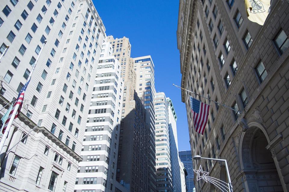 不動産投資の初期段階では2~3行との銀行取引が理想的な理由