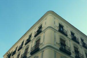 生活保護・低所得・外国人などのハイリスク入居者を入居させる注意点
