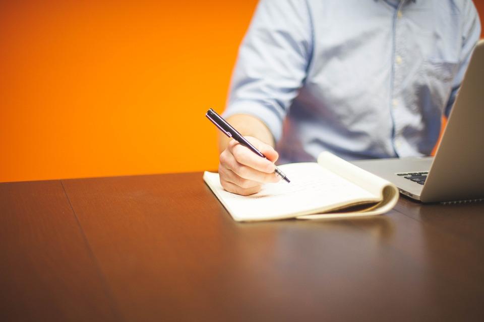 連帯保証人と保証会社はどちらがより信用できるのか?