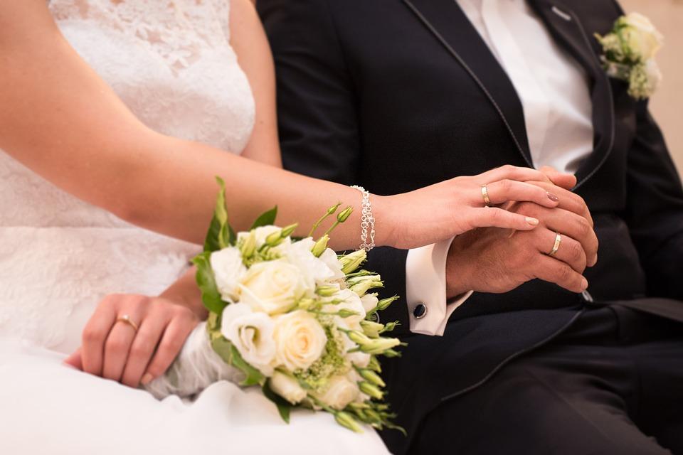 収益物件の購入で配偶者の連帯保証人は絶対に必要なのか?
