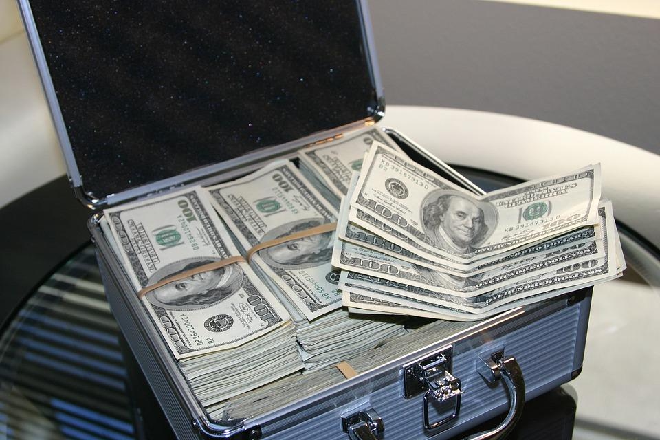 金融機関からできるだけ融資を多く受けるほうがよい理由