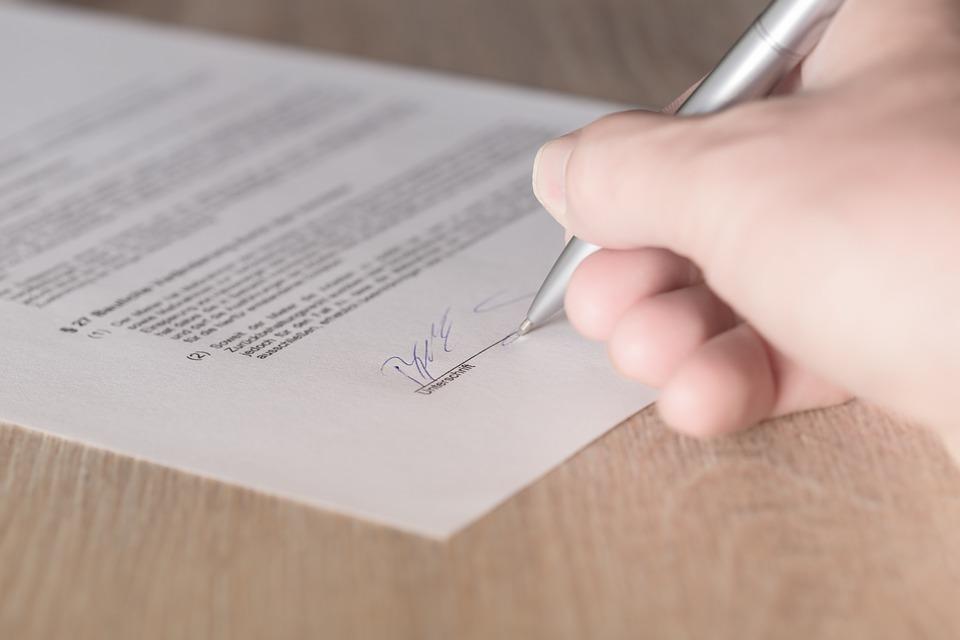 収益物件の売買契約時に気を付けるべき点