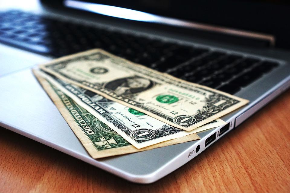 競売で申立印紙・郵便切手・登録免許税・予納金が必要とされる理由